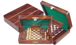 Pegged Chess Sets