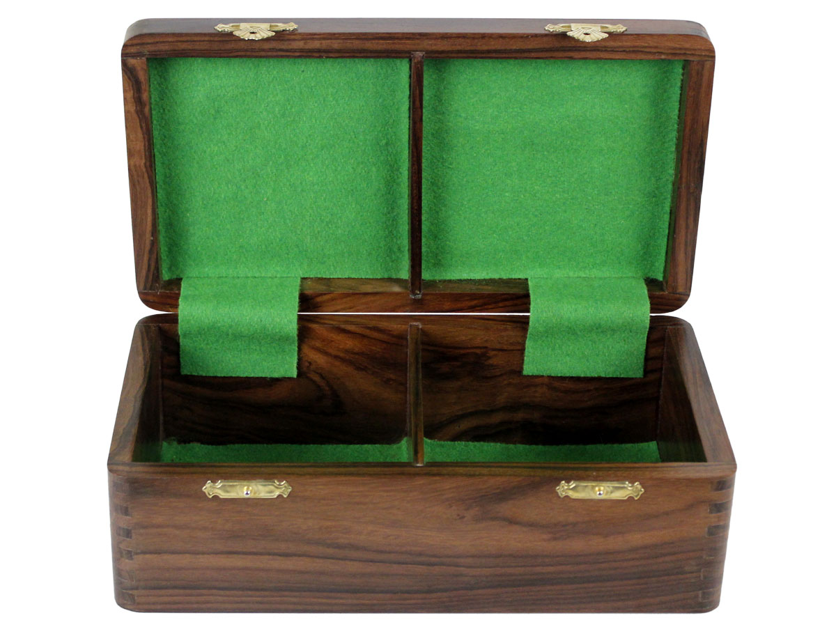 Inner view of chess box without chess pieces