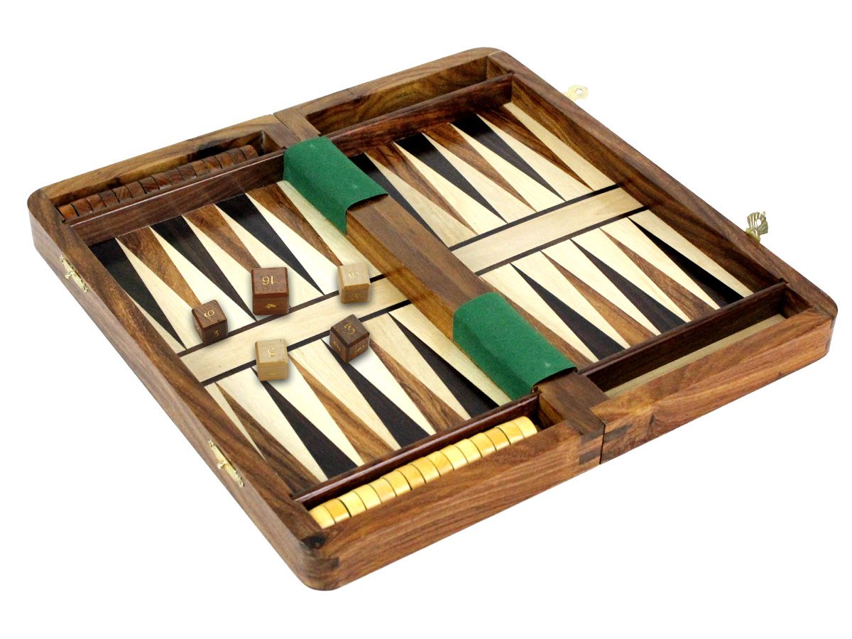 Side view of backgammon set with checkers in place