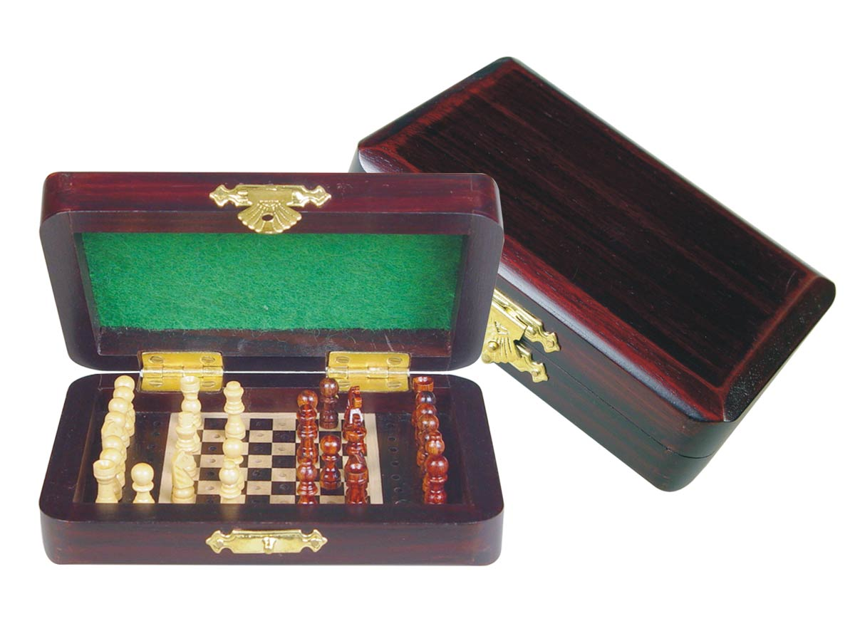 "Pegged Chess Set with Extra Pegs Standing Space Rosewood/Maple 5""x3"""