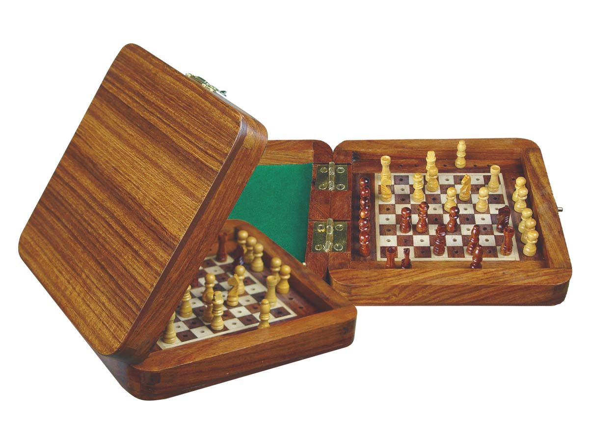 "Wooden Pegged Chess Set with Extra Standing Space for Pegs in Golden Rosewood/Maple 6""x6"""