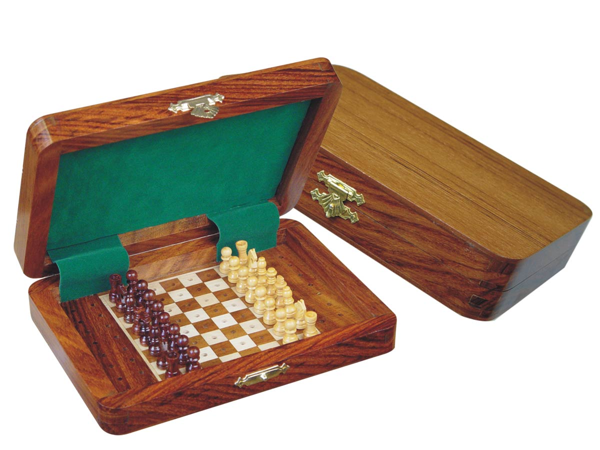 "Wood Travel Pegged Chess Set Inlaid Board Inside & Pieces Golden Rosewood/Maple 7""x5"""