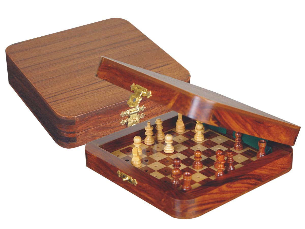 "Pocket Pegged Chess Set Wooden Board Inside Golden Rosewood/Maple 6""x6"""