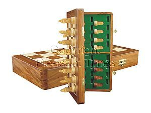 """Collector Chess Set Isle of Lewis Theme Magnetic Folding 17"""" Golden Rosewood/Maple"""