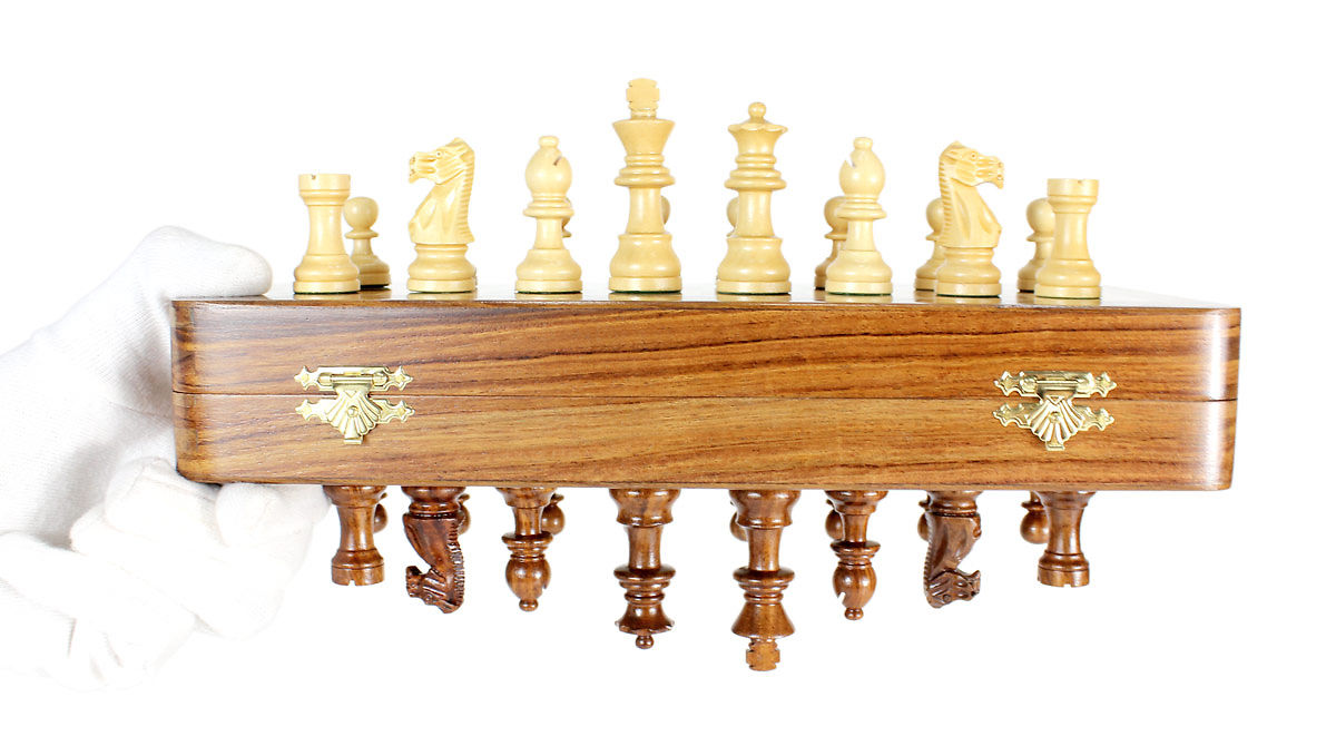 Strong magnets do not let the chess pieces fall down even if the board is kept in inverted position.