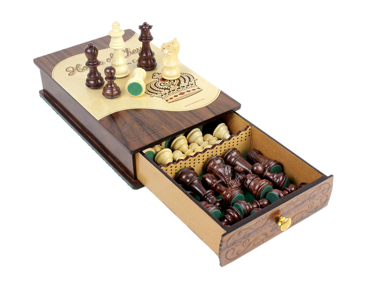 Heirloom Collection Chess Box with Galaxy Staunton Heirloom Collection Chess Pieces