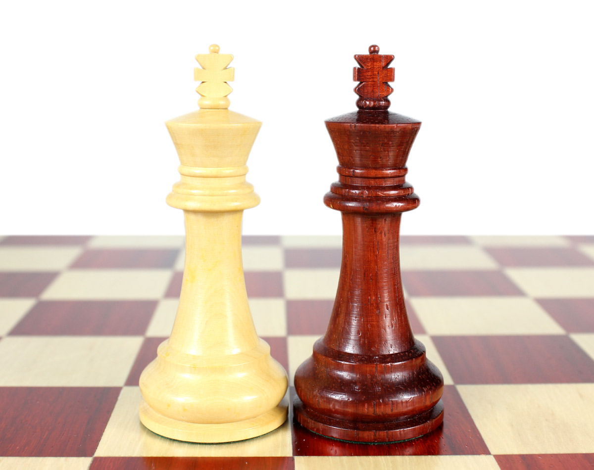 """King height - 4"""" (102 mm) Base - 1.6"""" (41 mm)"""