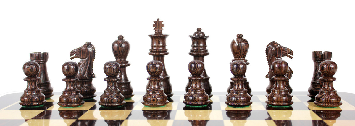 All chess pieces are triple weighted. Total weight of the chess set is 1.675 lbs (760 grams)