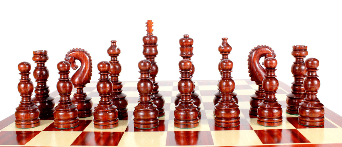 All chess pieces are triple weighted. Total weight of the chess set is 7.605 lbs (3450 grams)