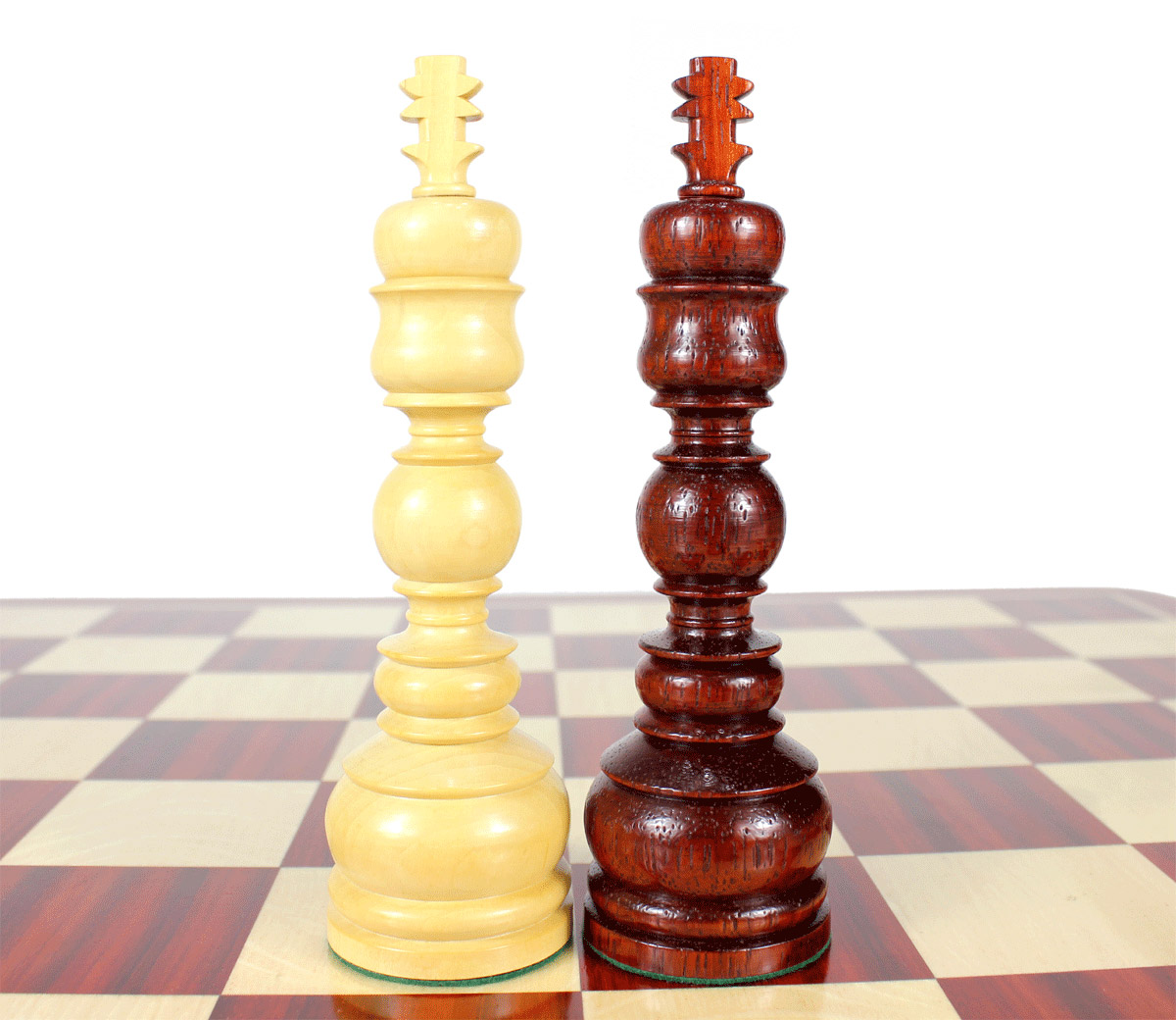 """King height - 6.5"""" (165 mm) Base - 1.9"""" (48 mm)"""