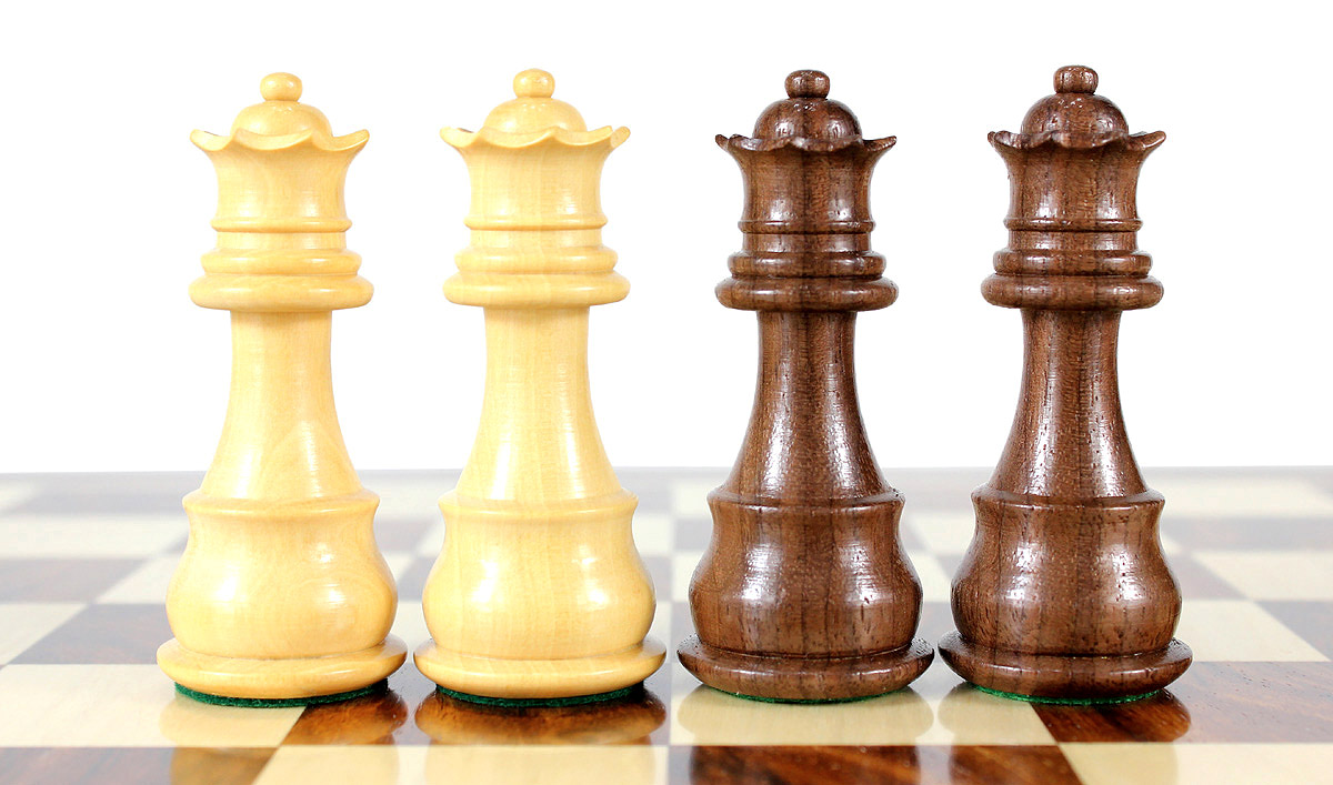 2 extra Queens provided with this set. 34 Chess Pieces (Including 2 extra Queens)