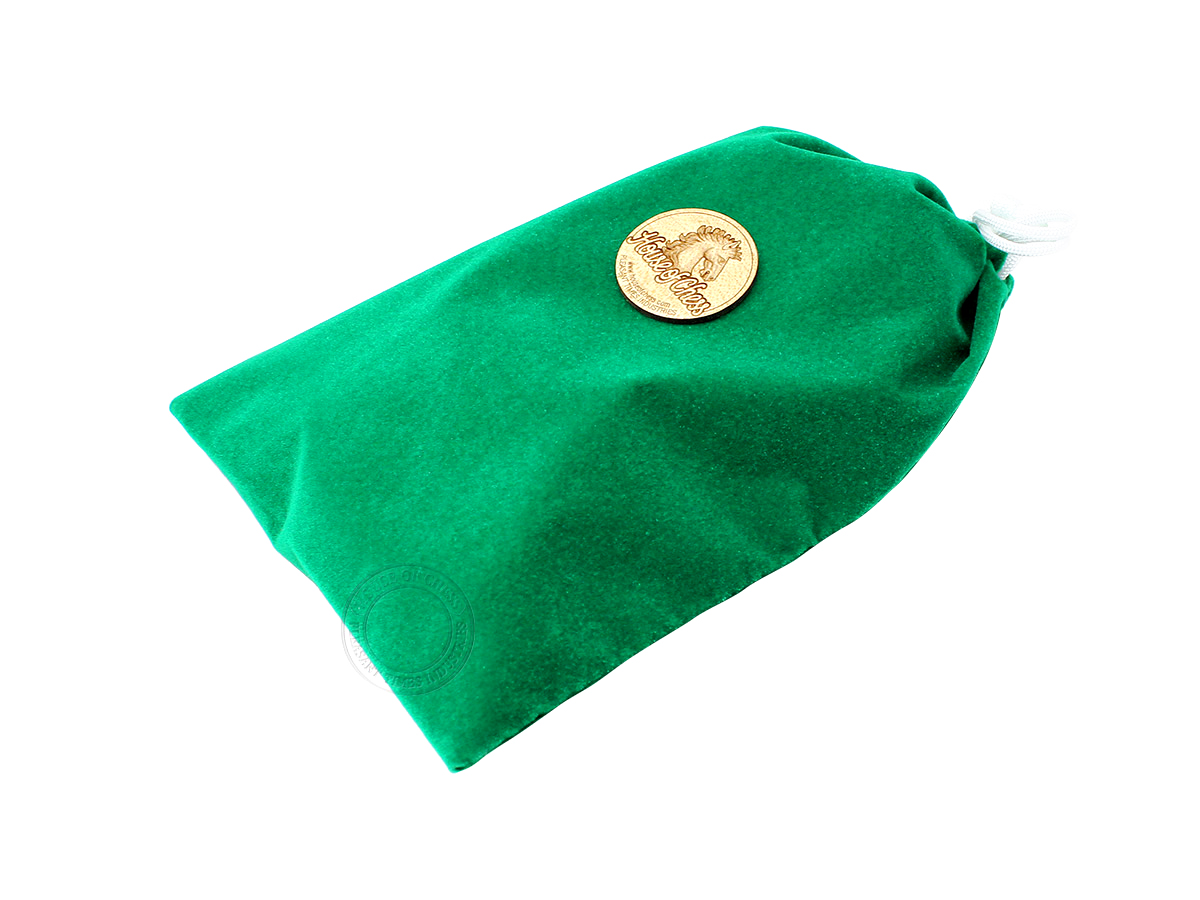 Green Velvet Pouch for Storage of Chess Pieces
