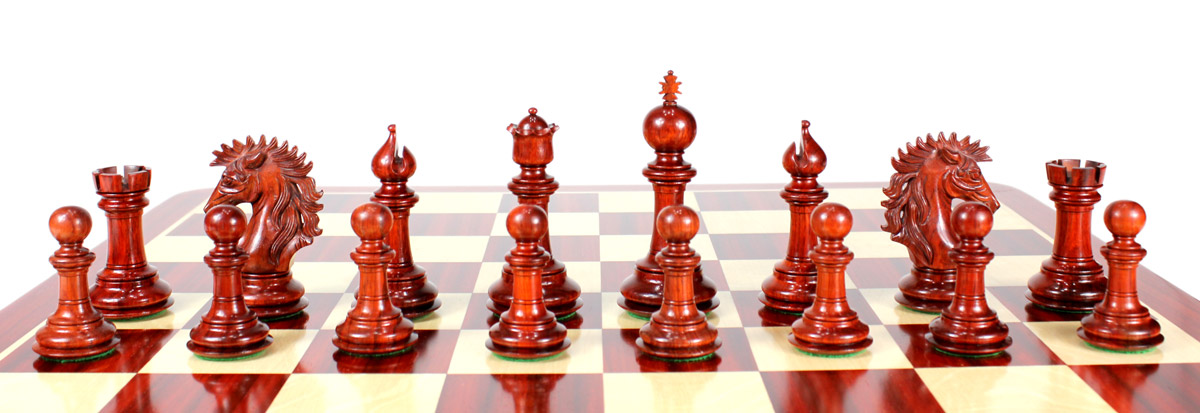 All chess pieces are triple weighted. Total weight of the chess set is 5.291 lbs (2400 grams)