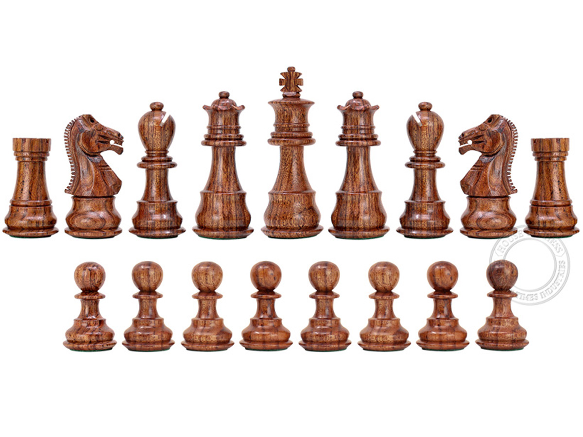 All chess pieces are triple weighted. Total weight of the chess set is 1.433 lbs (650 grams).