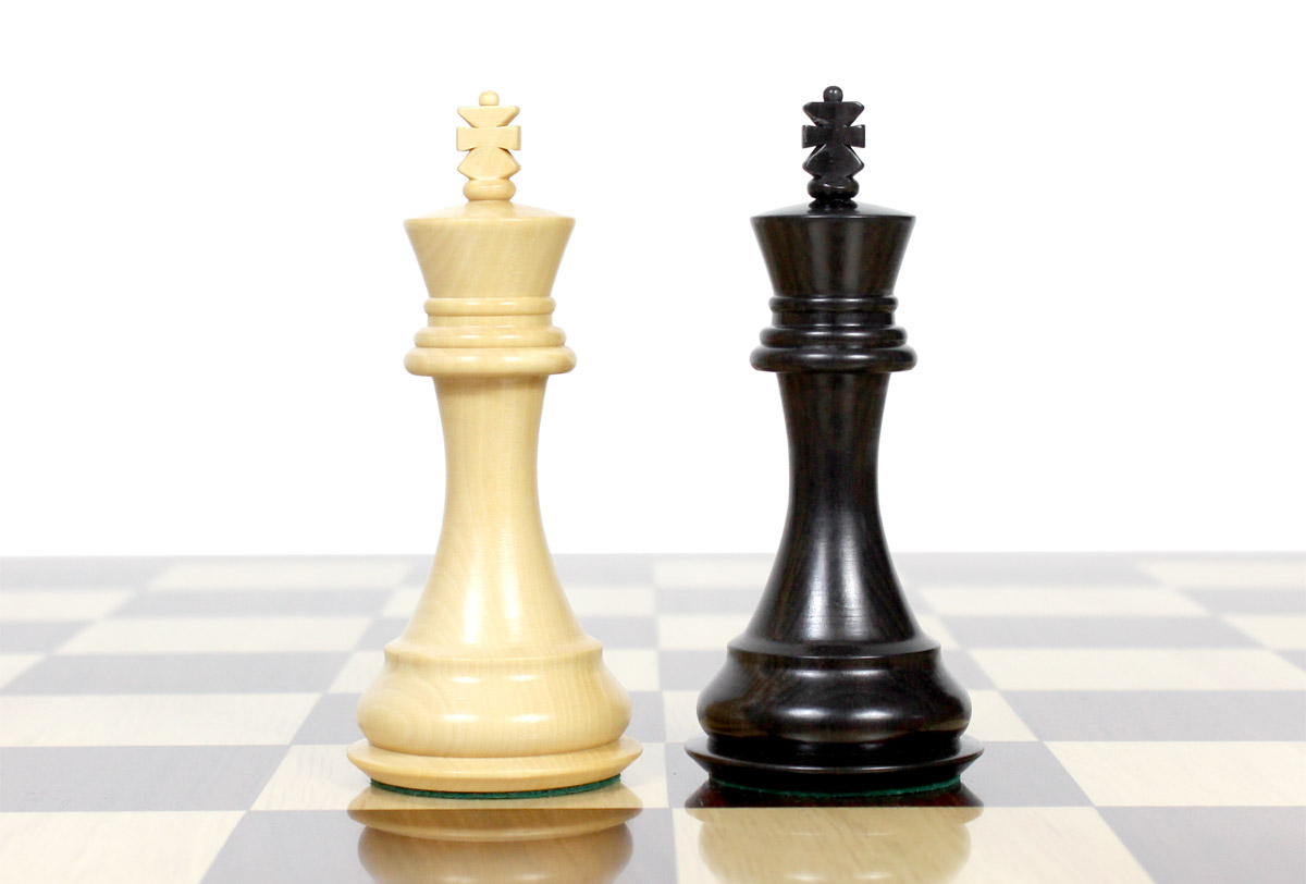 """King height - 4"""" (102 mm) Base - 1.7"""" (43 mm)"""