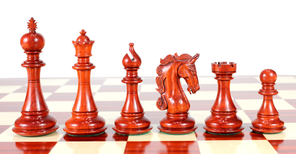 "Bud Rosewood/Boxwood Chess Set Pieces Luxor Staunton 4.5"" (114 mm) - Triple Weighted + 2 Extra Queens + Wooden Storage Box"
