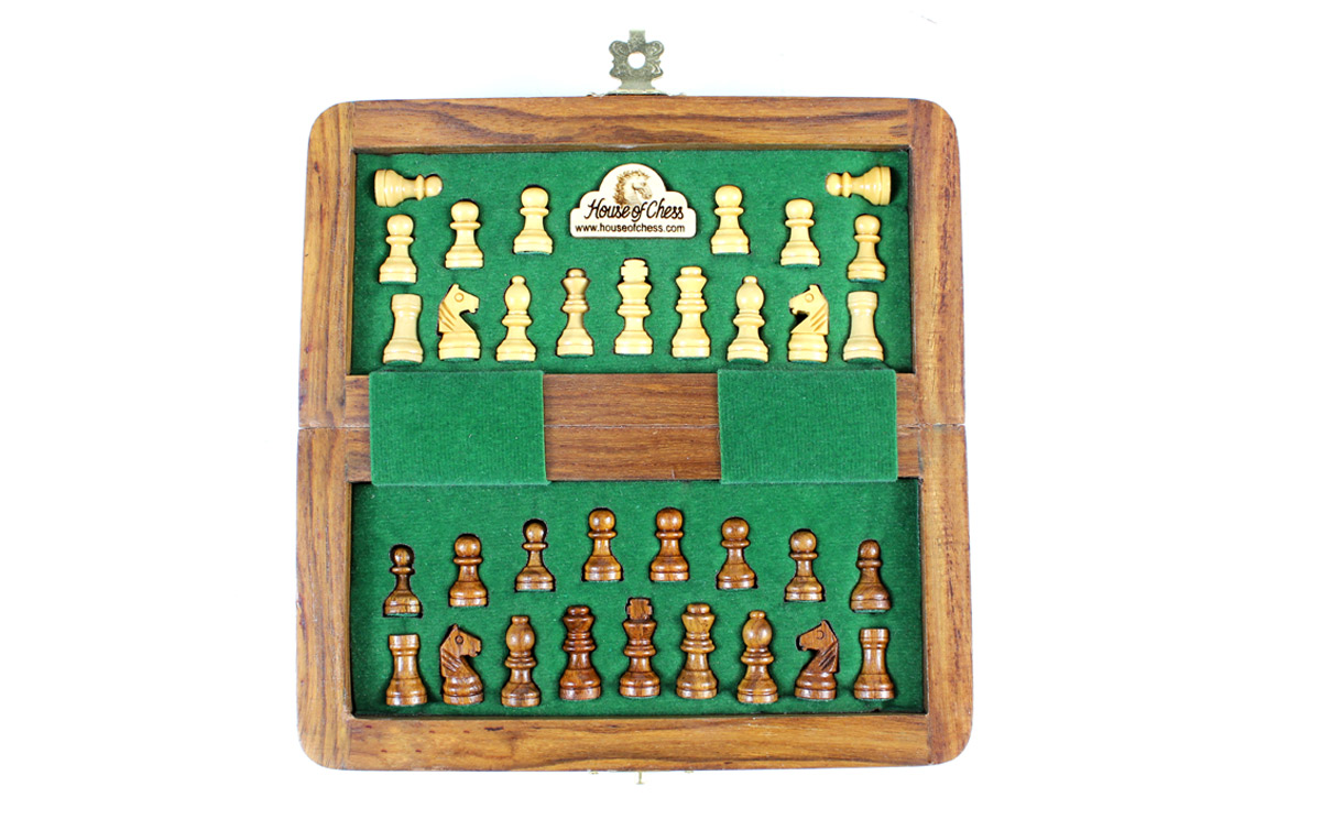 All chess pieces have felted bottom.  The weight of the chess set is 0.661 lbs (300 grams)