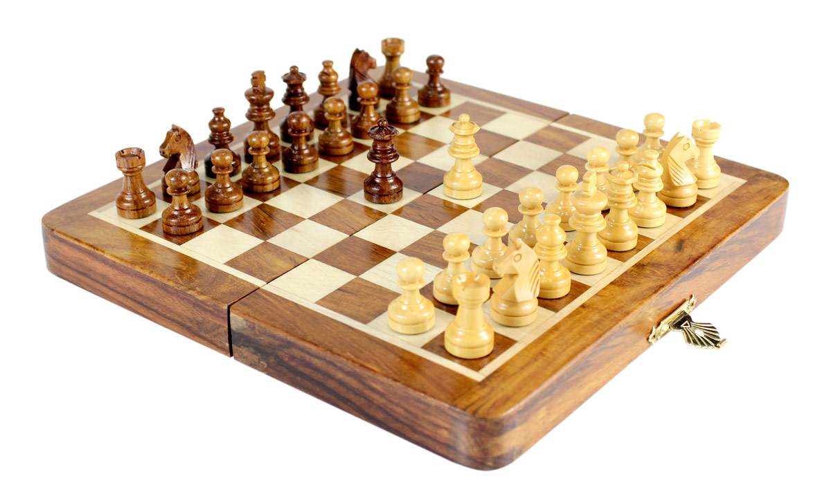 """8"""" Folding chess board ideal for travelling purpose. King Height - 1.34"""" (34mm) King Base - 0.52"""" (13mm)"""