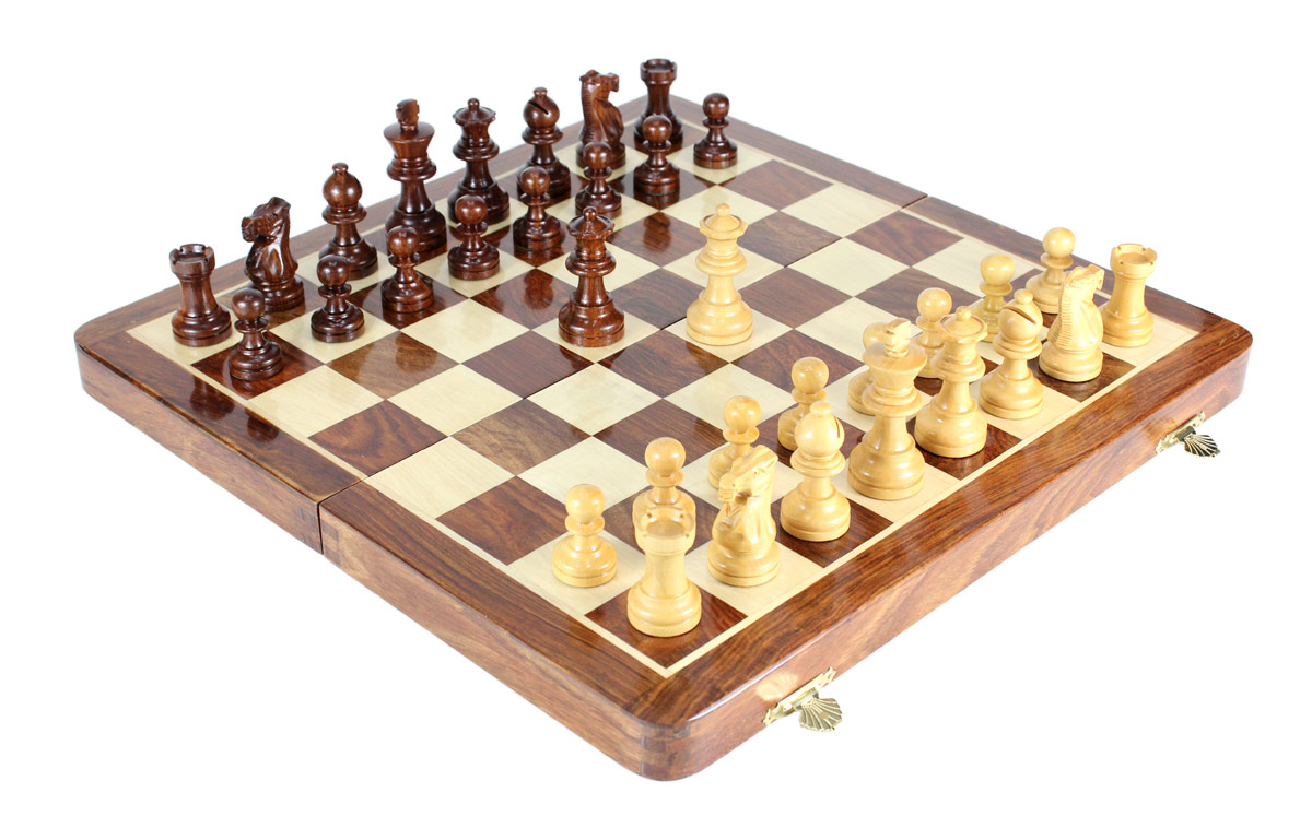 "16"" Folding chess board. King Height - 3"" (76 mm) King Base - 1.26"" (32 mm)"