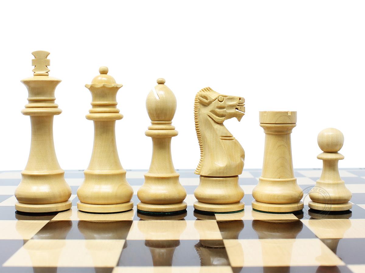 Unique Staunton Ringy Boxwood Chess Pieces