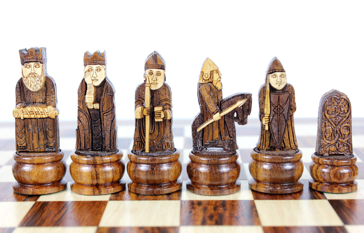 "Isle of Lewis Theme Magnetic Chess Set Folding 10"" Golden Rosewood/Maple"