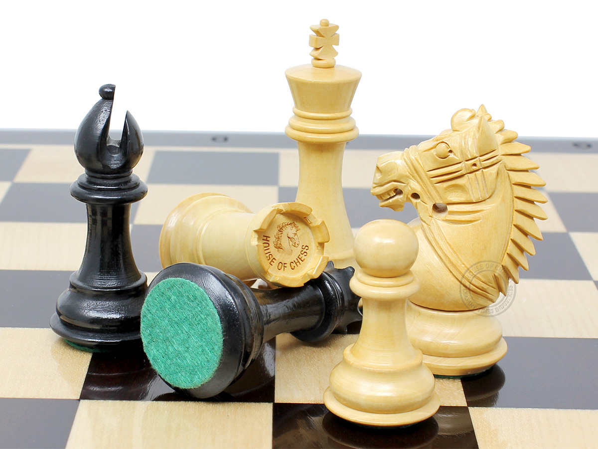 Rio Staunton Ebonized / Boxwood Chess Pieces