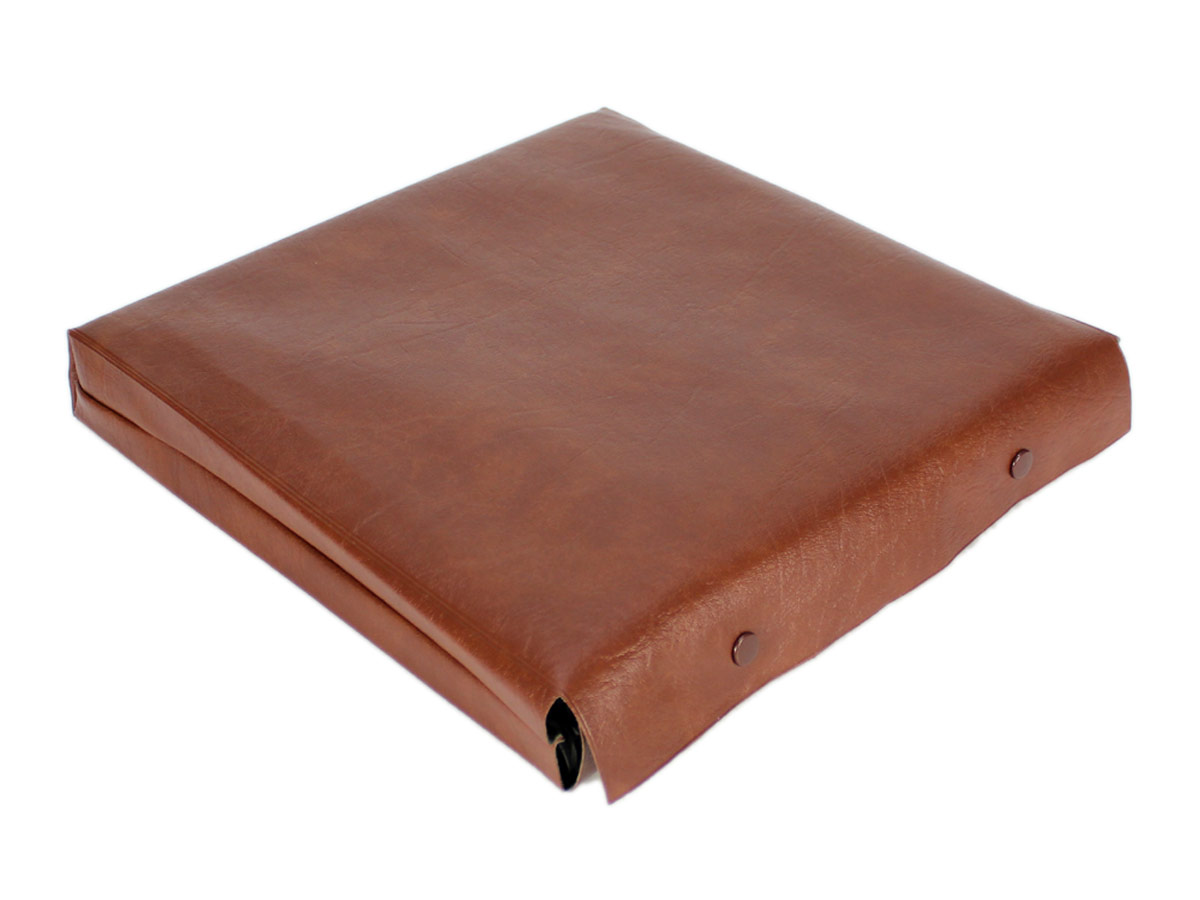 Faux Leather Pouch for chess set to protect the board from scratches